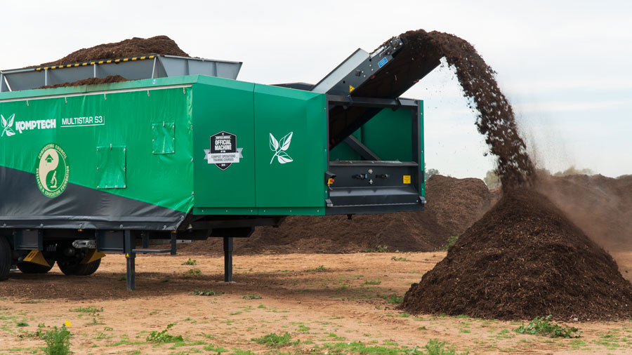 The Komptech Multistar S3 star screen processing at USCC's Demo Day - COMPOST19